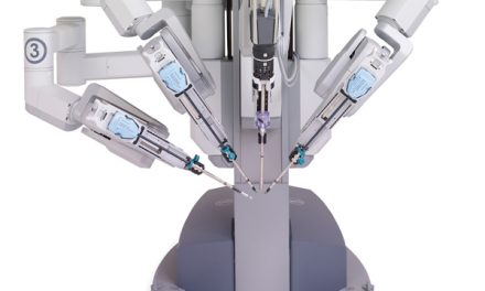 Robotic surgery results in fewer complications for patients