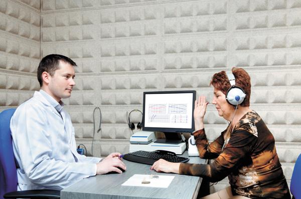Buyer beware of hidden costs in 'free' hearing tests