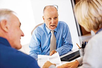 Tips for choosing your  financial advisor
