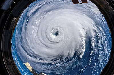 """Withstand turmoil, conflict by being the """"I"""" of the storm"""