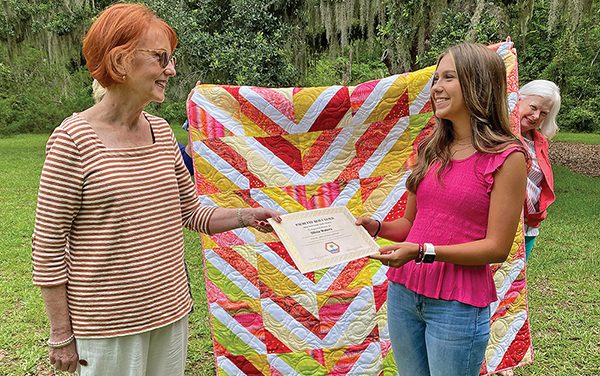 Palmetto Quilt Guild awards scholarships