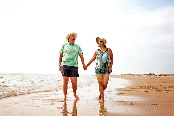 Tips to help seniors survive, thrive in summer heat