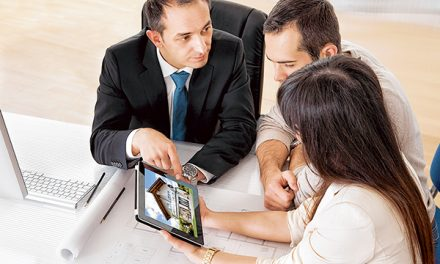 Savvy real estate agents use internet to sell homes faster