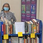 Find books, chat with book lovers at mobile book store